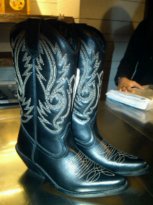 今季my favourite:輕身cowboy boots
