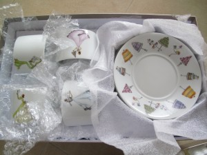 忍不住買了茶壺和茶杯&碟 2