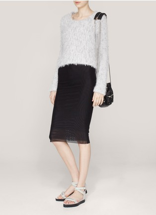 Alice+Oliva layer skirt+ Alexander Wang Raquel white sandals